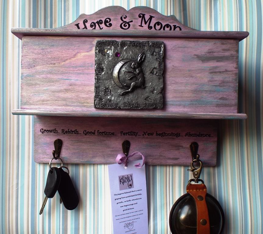 Hare and Moon Storage box with hooks