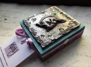 Hare trinket box