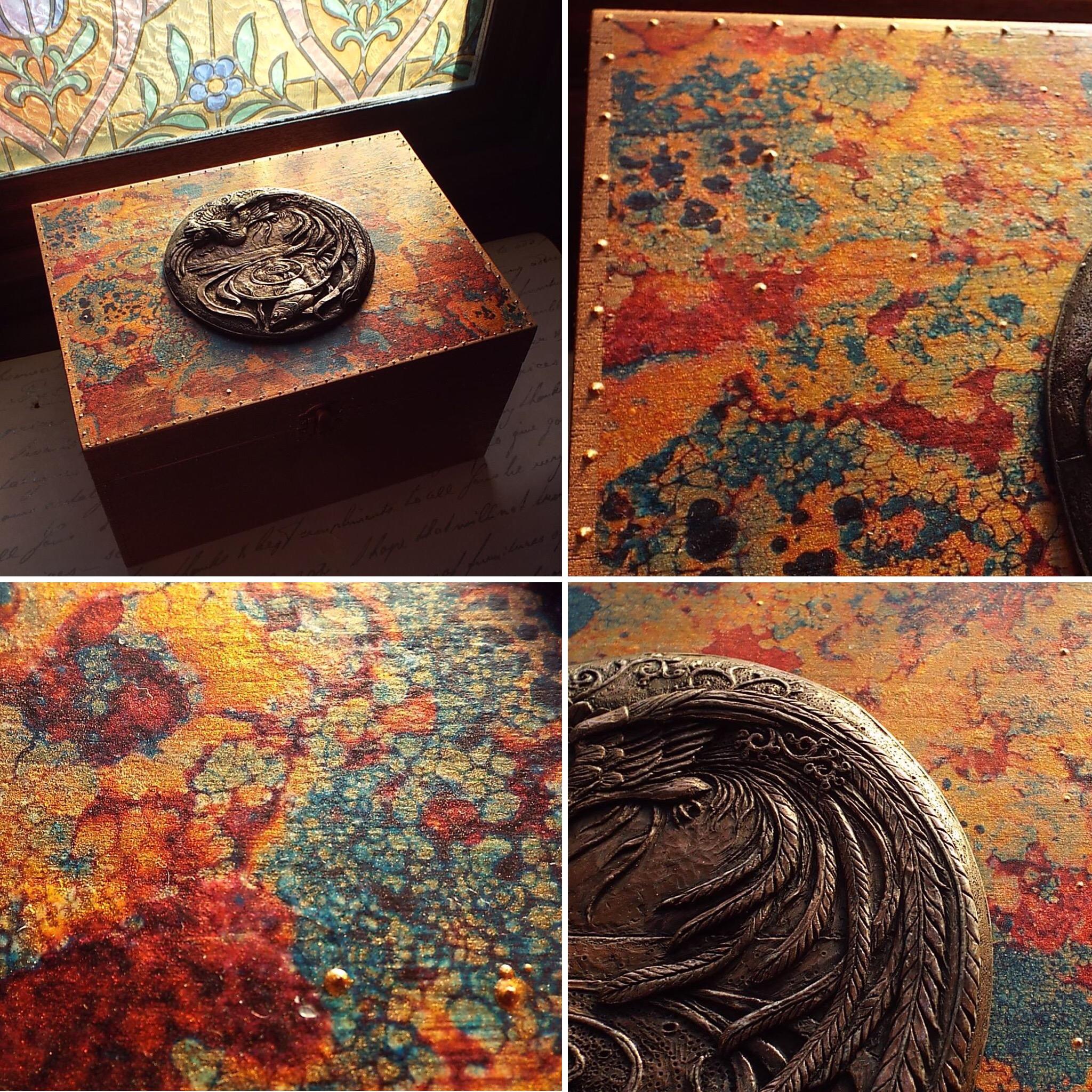 Lichen design box, Halcyon days